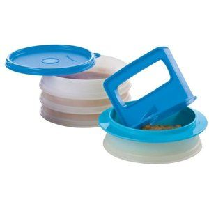 Tupperware Hamburger Press and Keepers NEW
